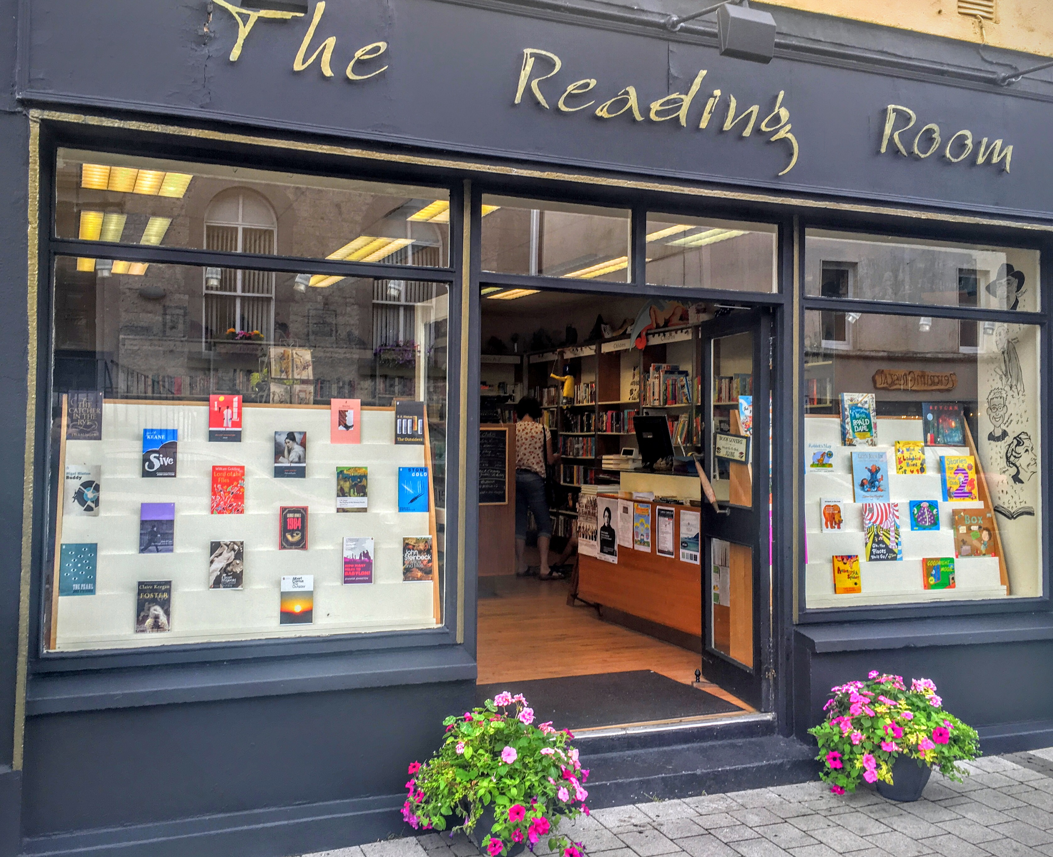 zz-new-the-reading-room-in-carrick-on-shannon
