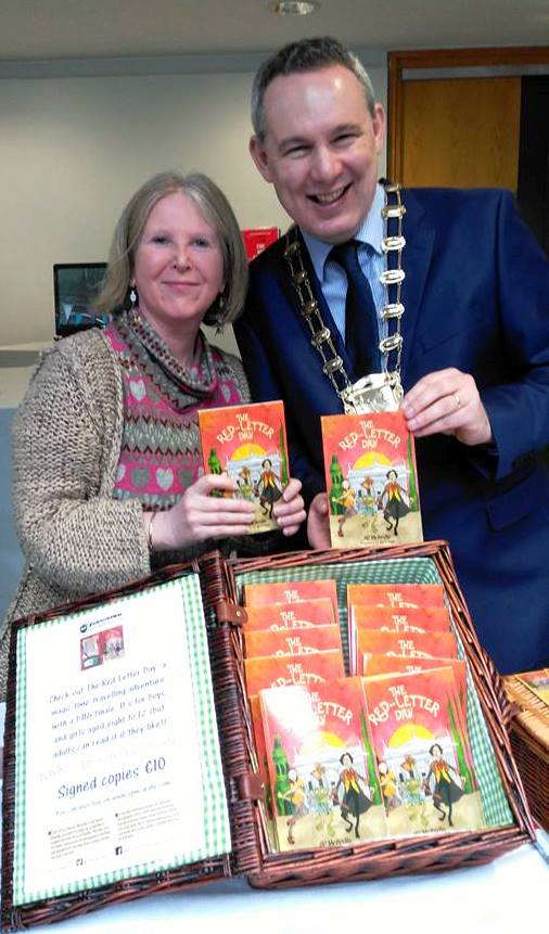 fingal-mayor-darragh-butler-with-author-sp-mcardle-at-swords-enterprise